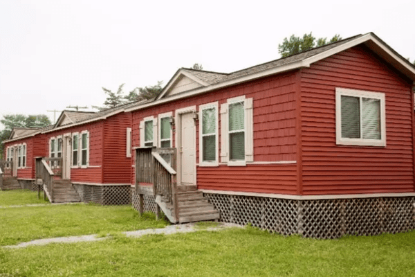 IDEAL CABINS